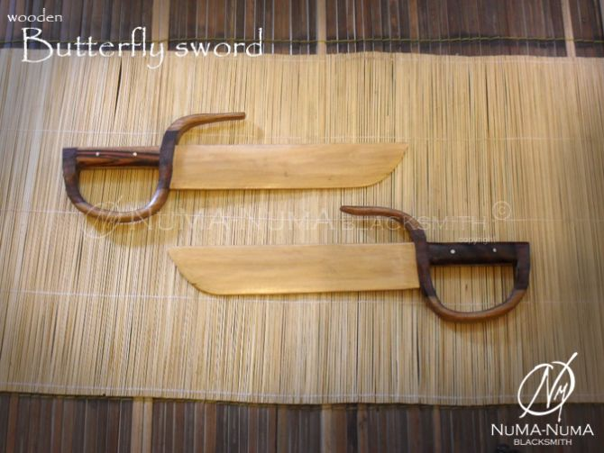 Wood Weapon wooden butterfly sword 1 sdc10295
